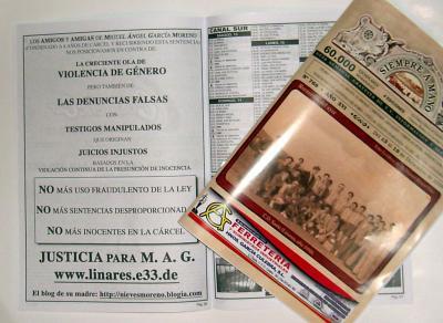 Siempre a mano, de Linares y un recuerdo para los 'raspadores y raspadoras de carteles'